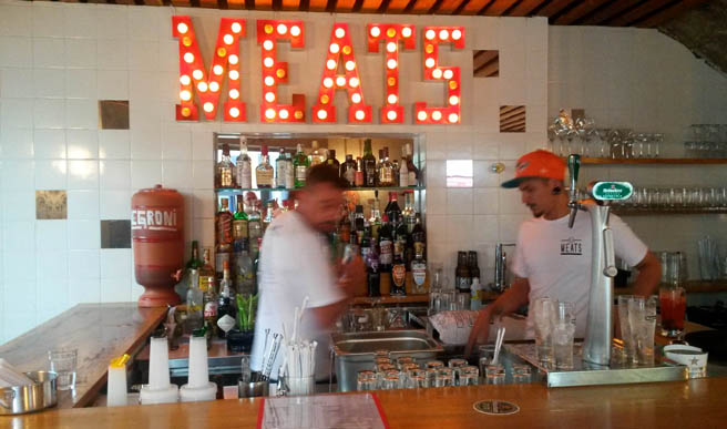 Bar do novo Meats Jardins