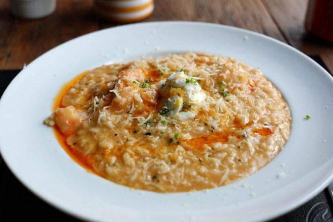 Risoto com camarões, queijo mascarpone e limão siciliano - delícia
