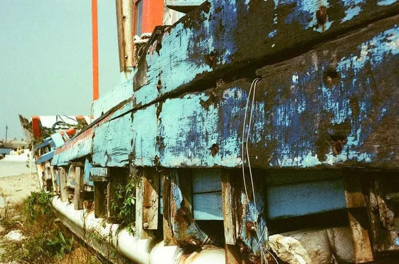 Dry dock – Fuji 64D 8552 (35mm)