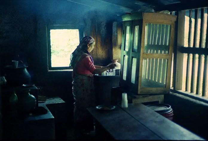 Village tea shop - Kodak MAX 400