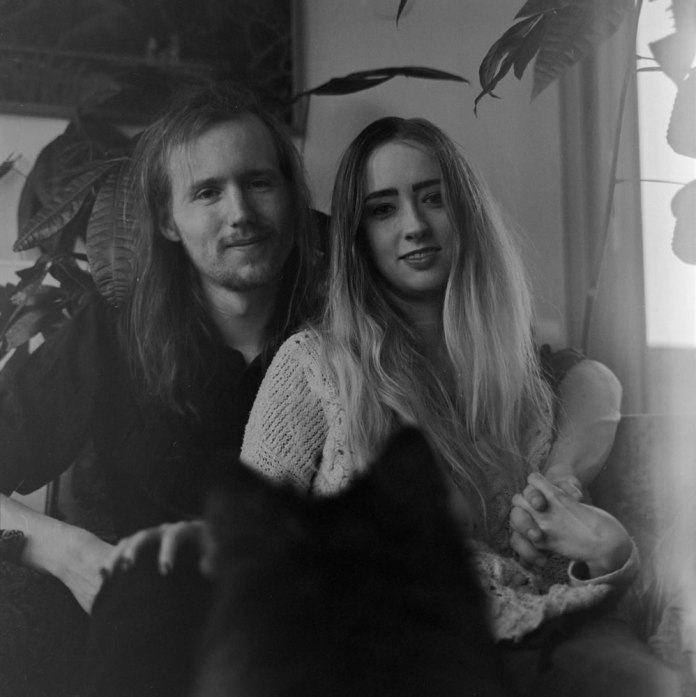 Friends - Kodak T-MAX 400 at 1600
