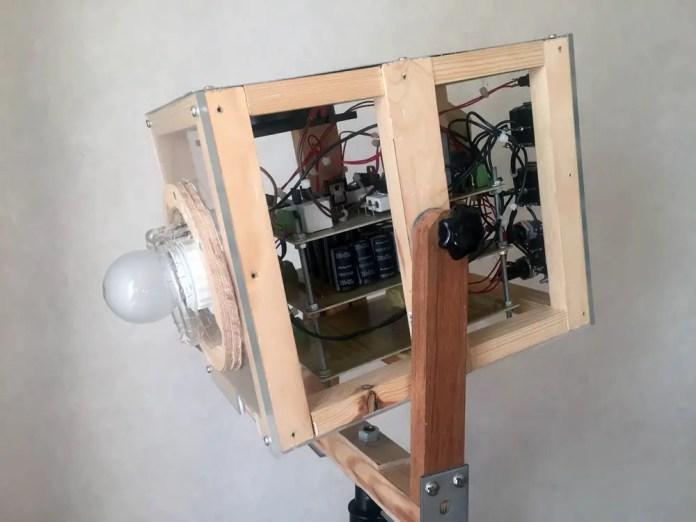 Self-build flash-strobe (that hasn't popped yet!)