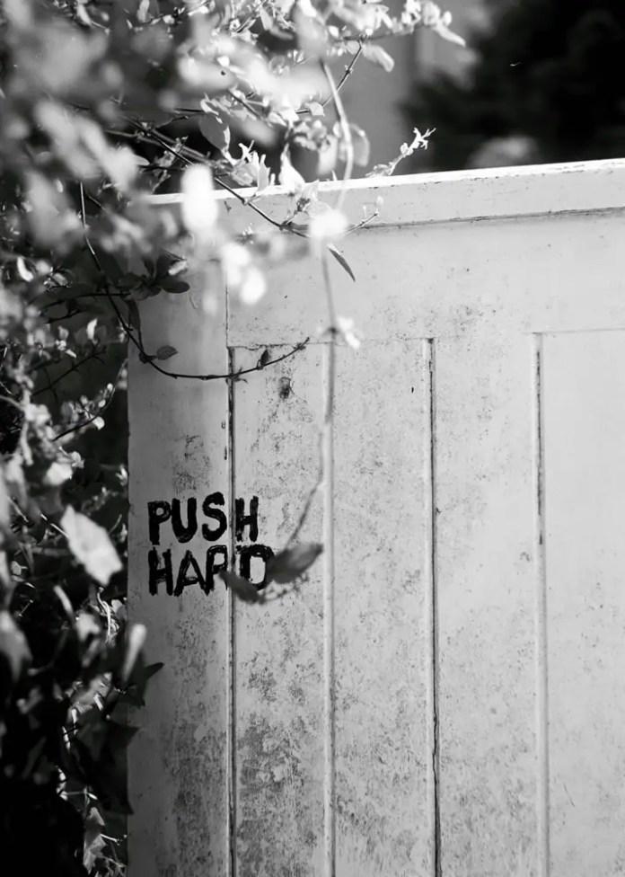 Motivational Door - Flexaret Ilford FP4+ 125