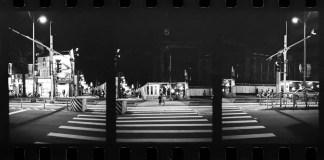 2016-06-17 - Safe to cross - Kodak Tri-X 400 shot at EI 400. Black and white film in 35mm format