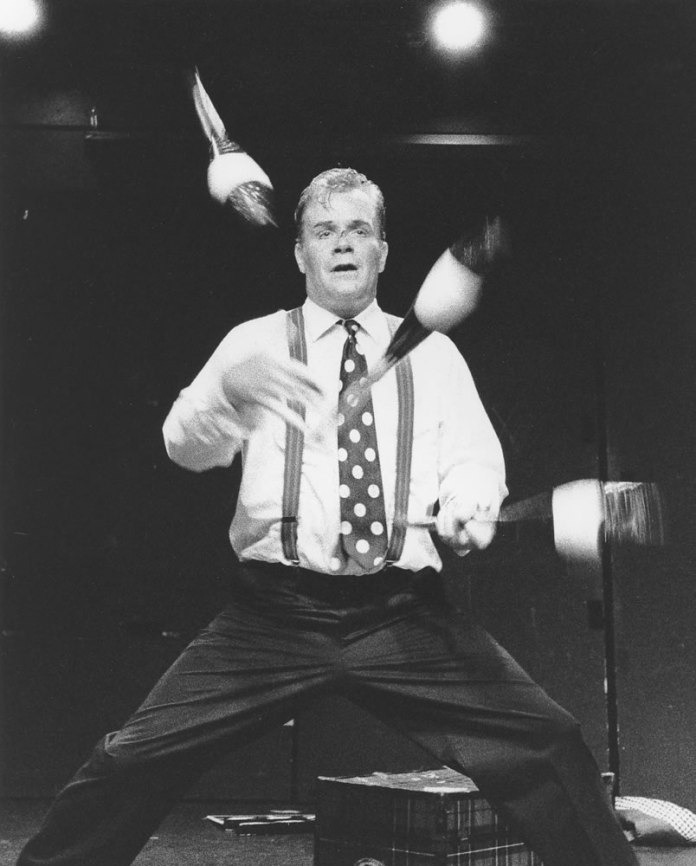 Juggler, Clown Revue, Ilford Delta 3200 Professional at 1600, HC110 Dil. B