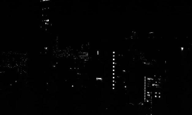 Urban constellations #01 – Kodak Tri-X 400 (35mm)
