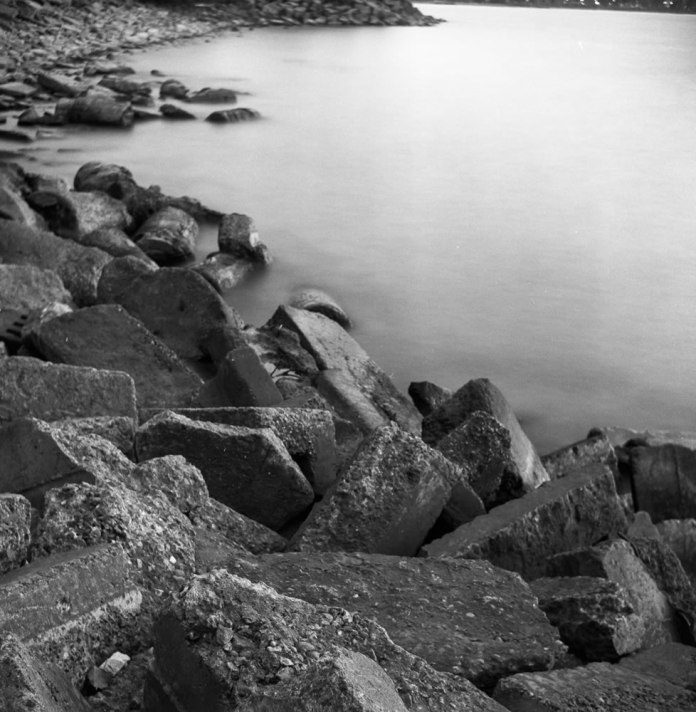 Long Exposure Test - ILFORD FP4+ - EI: 125 - Aperture: f/11 - Shutter: 40s