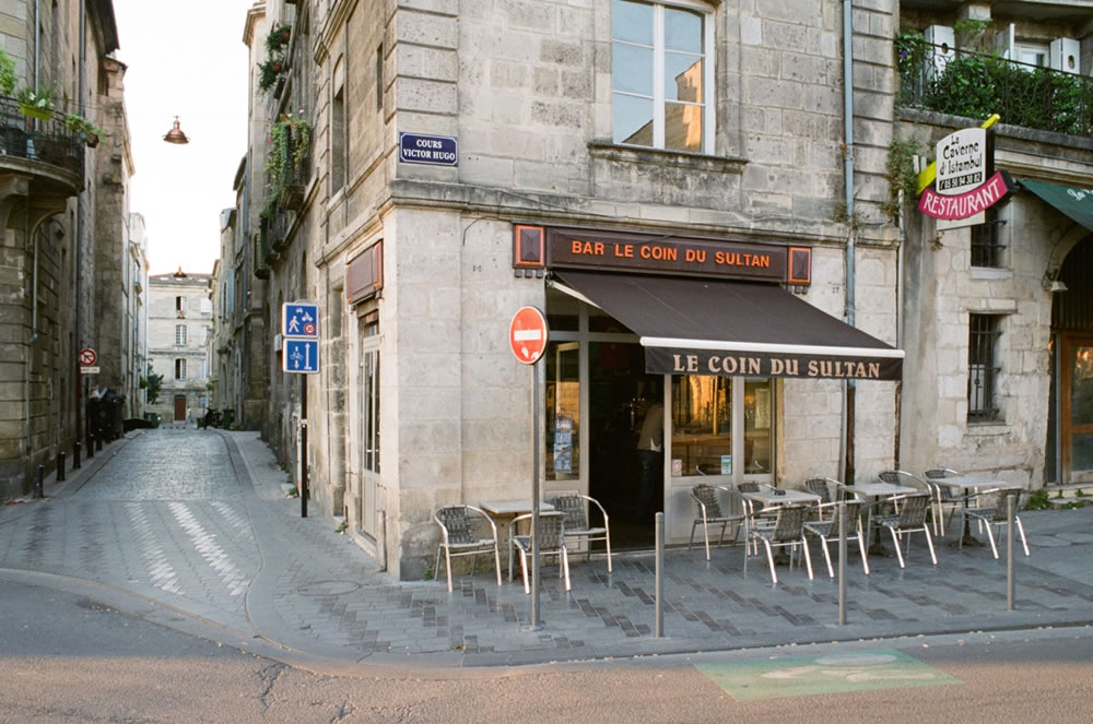 Cours Victor Hugo (Bar Le Coin du Sultan)