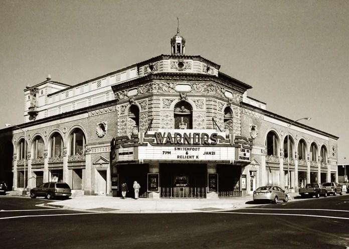 Pentax 645 -Warner's Theater - Fresno, CA - Pentax-A 645 45mm - ILFORD HP5+