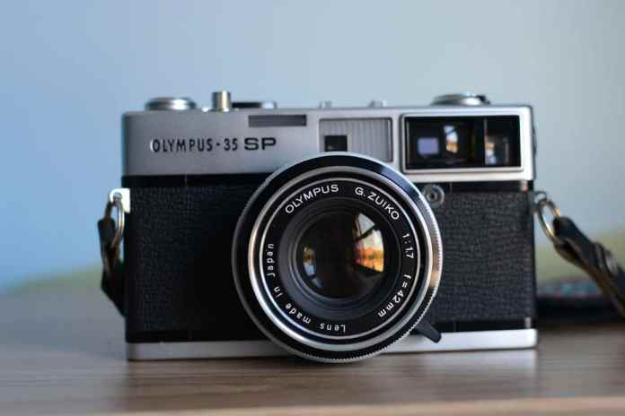 Olympus 35 SP - Front