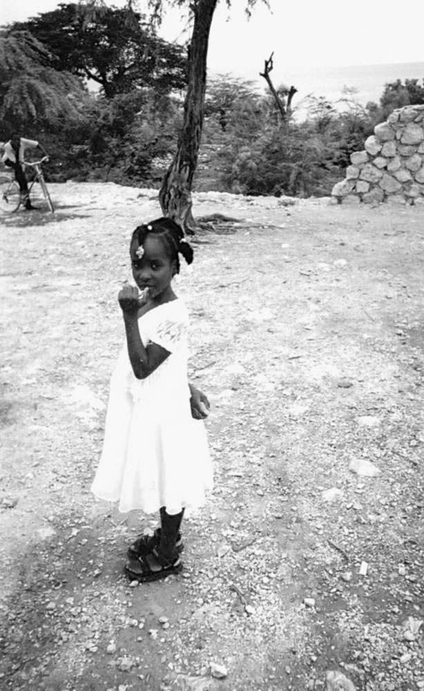 The girl in the white dress, Haiti - Kodak BW 400CN, Disposable