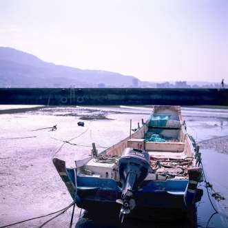 Low tide - Shot on Fuji Velvia 50 (RVP) at EI 50. Color reversal (slide) film in 120 format shot as 6x6.