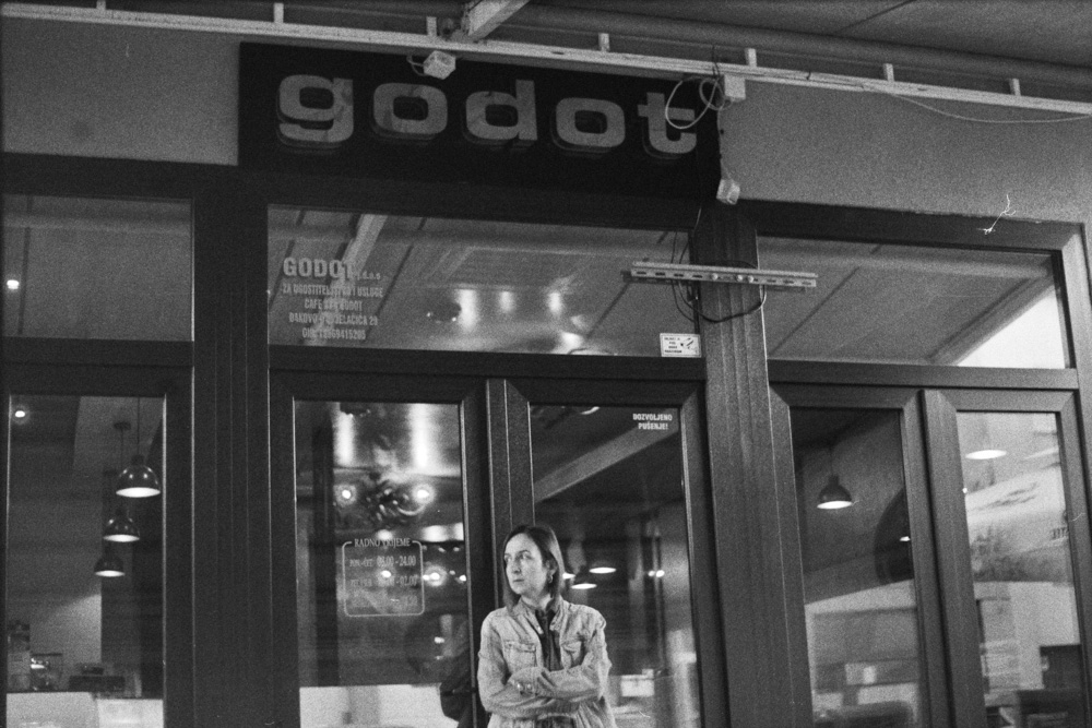 Waiting for Godot - Praktica MTL5b + Pentacon 50mm f/1.8 + Agfa APX 400 New @ 1600 (developed in Rodinal)