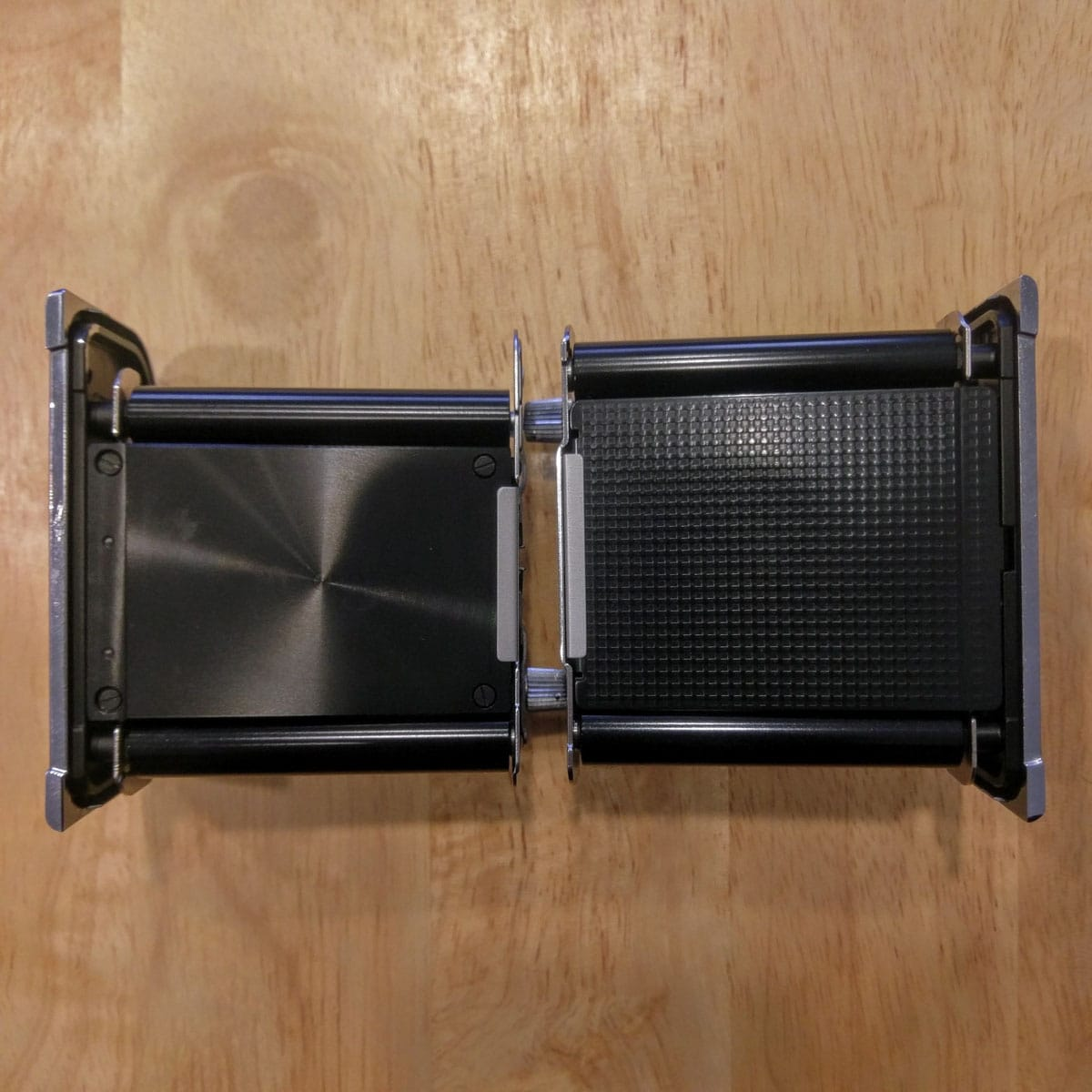 Hasselblad film magazine inserts: Left: 6x4.5 (A16). Right: 6x6 (A12).