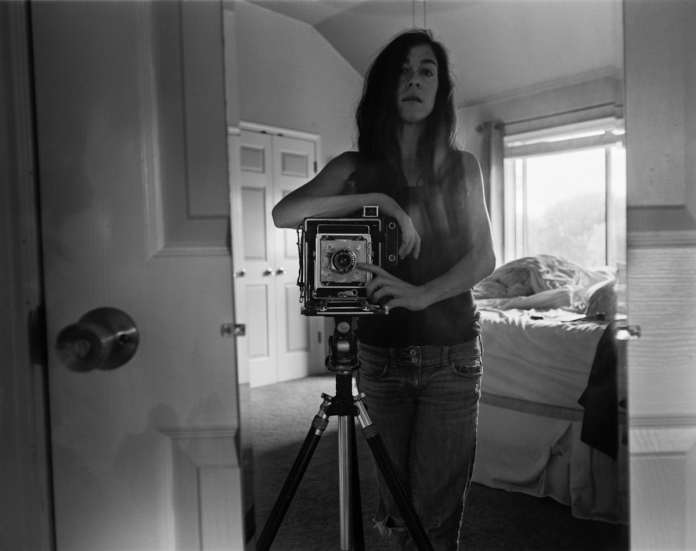 Self portrait - Graflex Crown Graphic - ILFORD HP5 PLUS