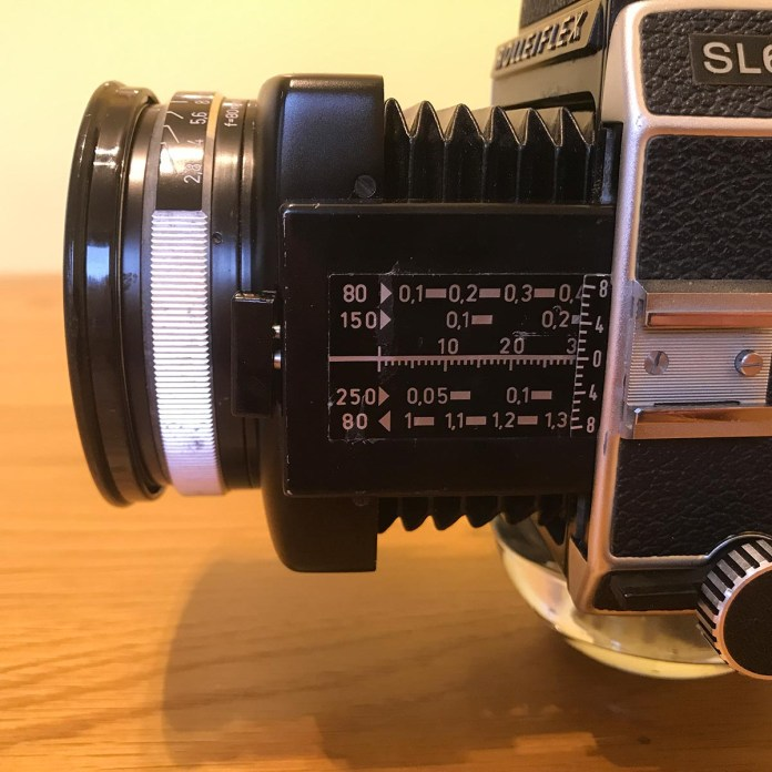 Rolleiflex SL66 - Bellows Focusing