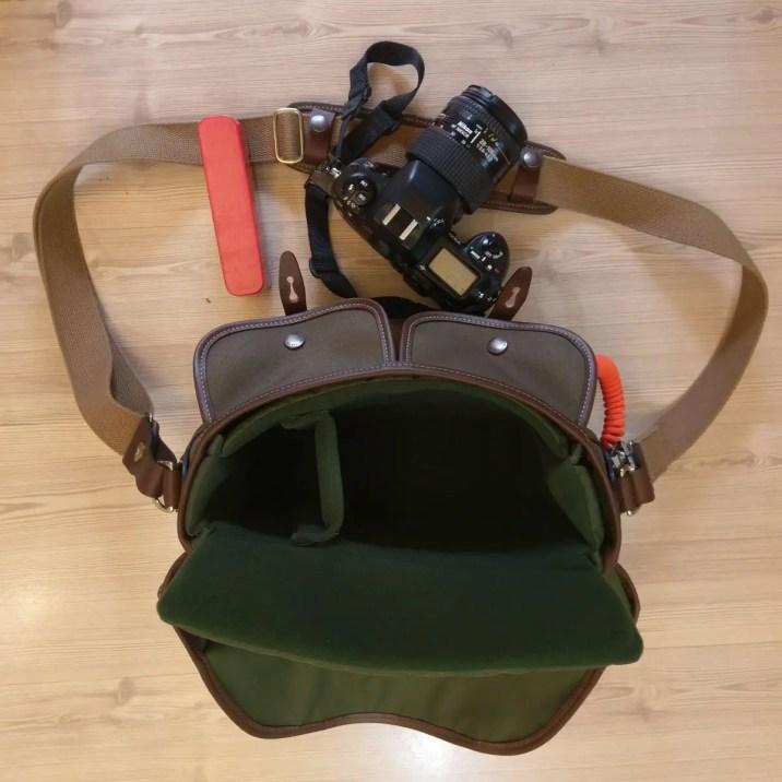 Billingham Hadley Small Pro - 35mm SLR unloaded