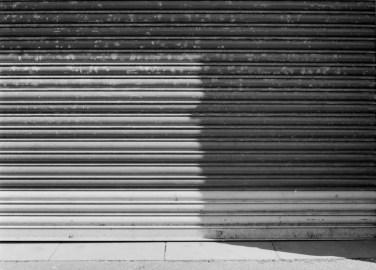 ILFORD HP5 PLUS - Lancaster street shadows