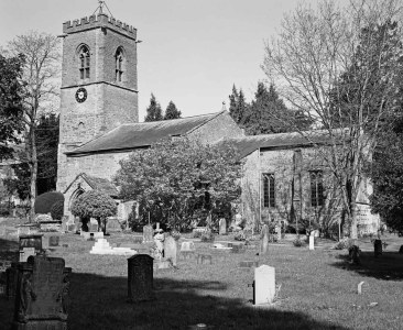 St. Peter & St. Paul's Church, Abington Park, Northampton - ILFORD XP2 Super (C-41 processing by Skears)
