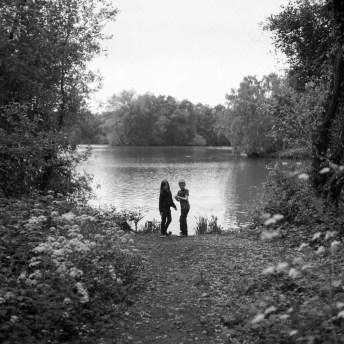 ILFORD HP5 PLUS / 120, Rolleiflex. Shakerley Mere, Cheshire, UK. May 2018.