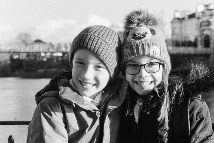 Delta 400 Professional / 35mm, Canon EOS 5. Chester, UK. December 2017. Twins.
