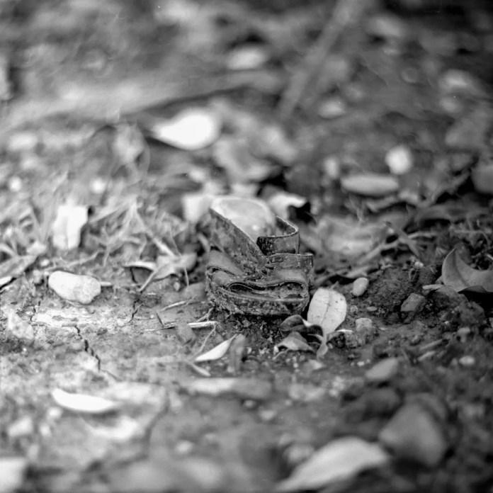 Left on - Shot on Fuji NEOPAN 100 ACROS at EI 100. Black and white negative film in 120 format shot as 6x6. Kodak Aero Ektar 178mm f/2.5 / Hasselblad 2000FCW / AEROblad