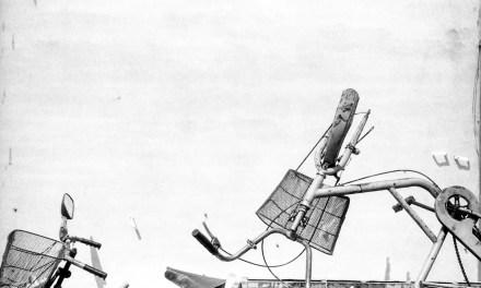 Acrobatics – Shot on ILFORD FP4 PLUS (35mm format)