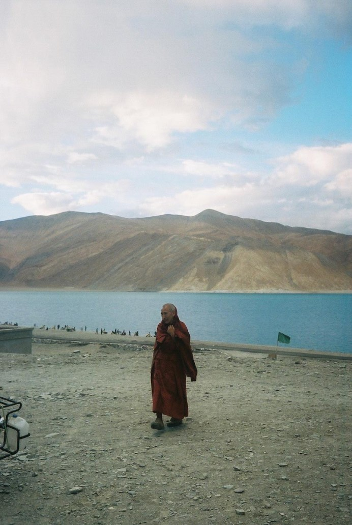 """""""Nothing to lose"""": my Indian road trip. Kodak Portra 400, Canon Canonet 28 - by Bernard Lim"""