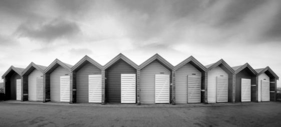 RealitySoSubtle 6x12 review - Some beach huts as seen by the RSS 6x12