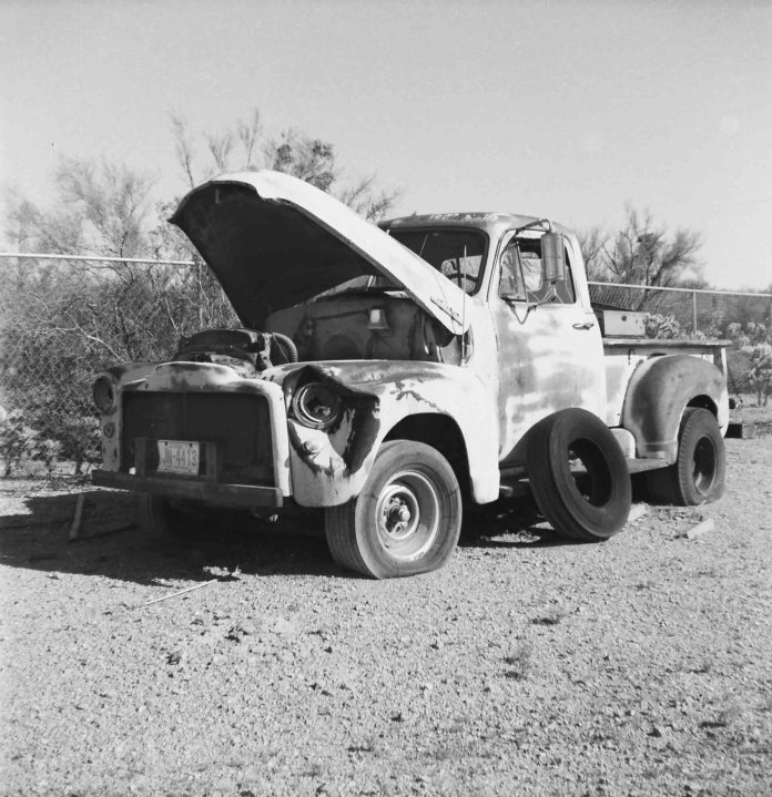 Kodak Brownie Hawkeye Flash Model - Kodak T-MAX 100