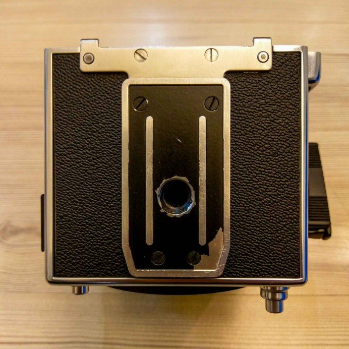 Hasselblad 2000FCW body - Bottom