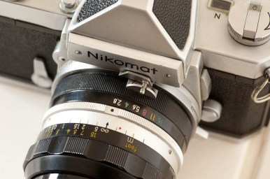 Lens mounted with aperture at max (f/2.8)