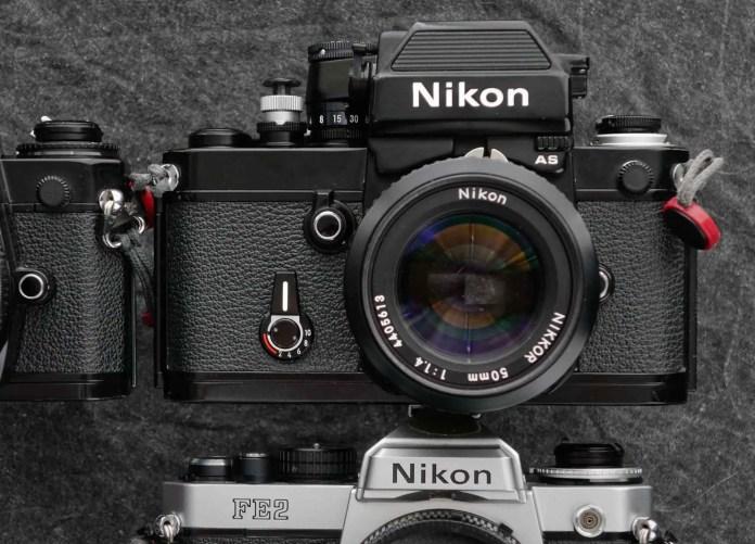 Nikon F2 size-comparison