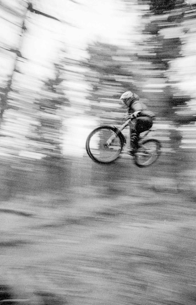 5 Frames With... ILFORD Delta 3200 Professional (EI 3200 / 35mm / Canon EOS 650) - by Niall Pinder