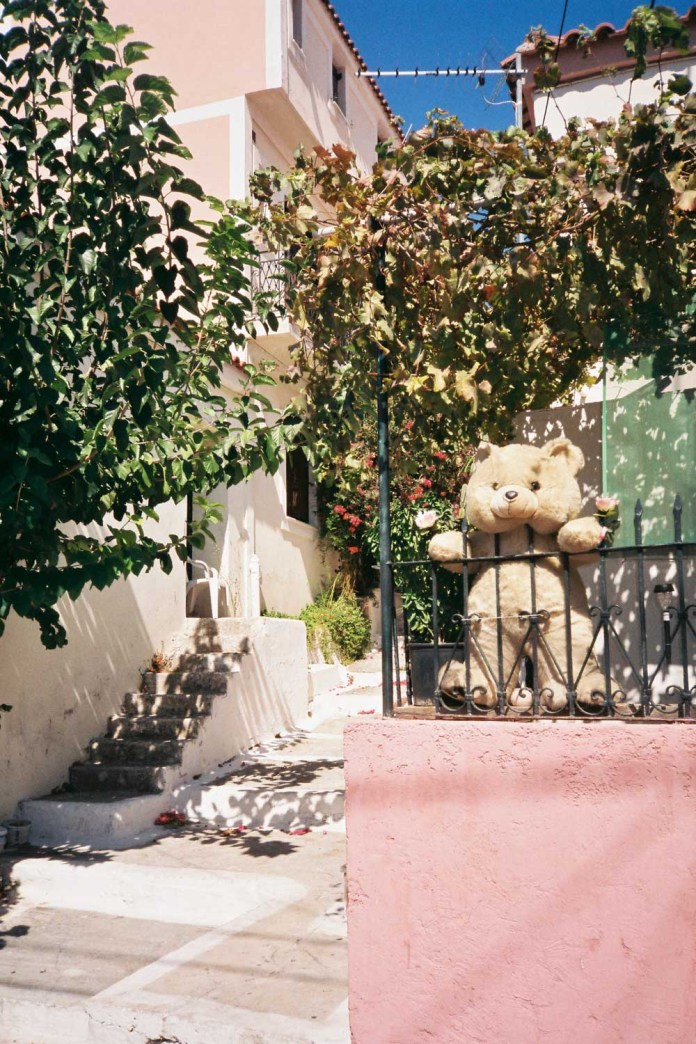 In defence of 35mm point and shoot cameras - by Lydia Heise