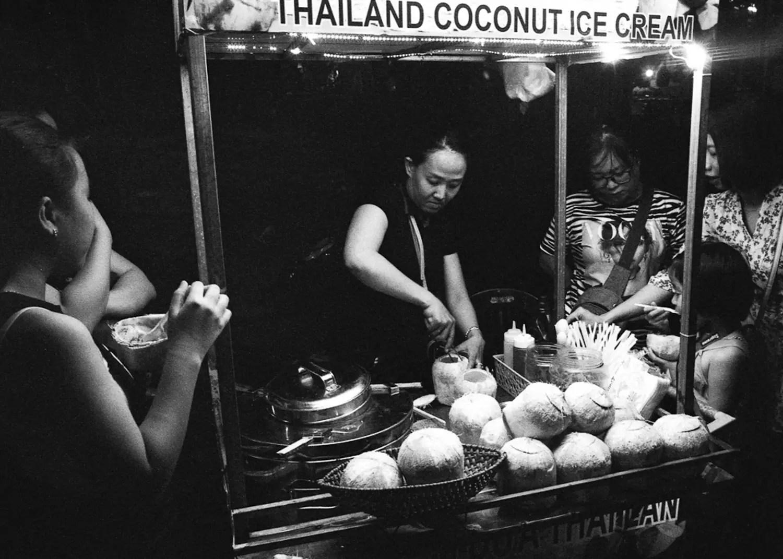 Tim Roper, Vietnam 2019 - Leica Elmarit 28mm, ILFORD HP5 PLUS, EI 6400
