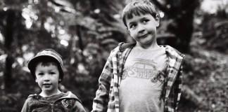5 Frames With... Kodak Tri-X 400 (35mm / EI 400 / Canon AT-1) - by Joe Nelley