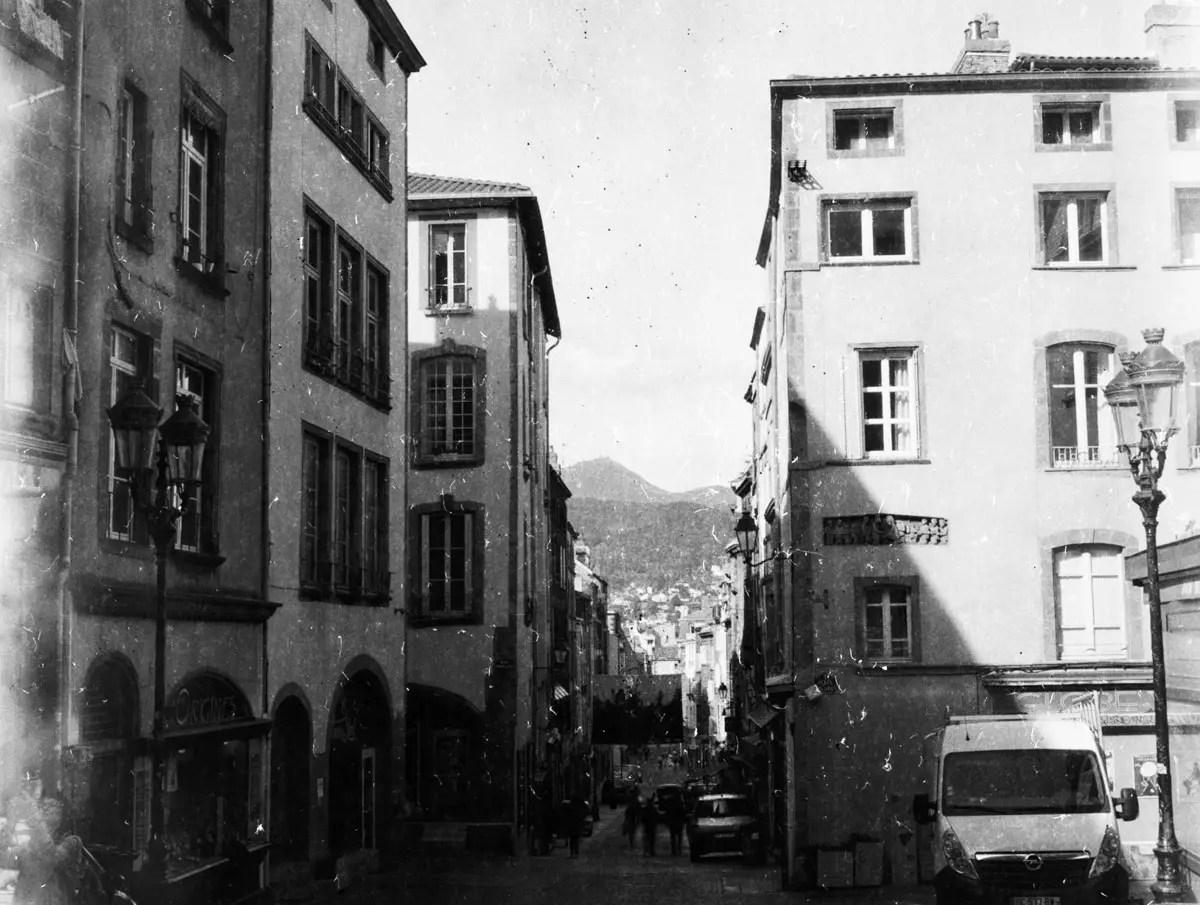 Rue des Gras, Clermont Ferrand - PRIMOR B2 Panchromatisch, EI 6, as metered +2 stops - F/22, 1s