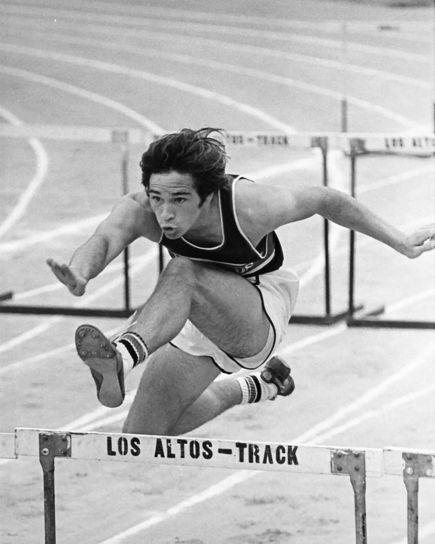 High School Sports - 440 Yard Race circa 1978 -Canon F-1 - Kodak Tri-X 400 (EI 200)