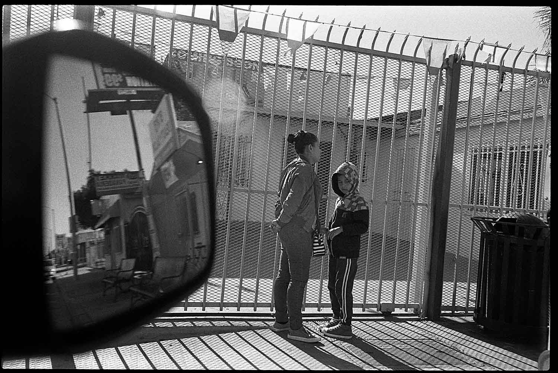 5 Frames With... Kodak Tri-X 400 (35mm / EI 400 / Nikon N90s) - by Leopoldo Peña