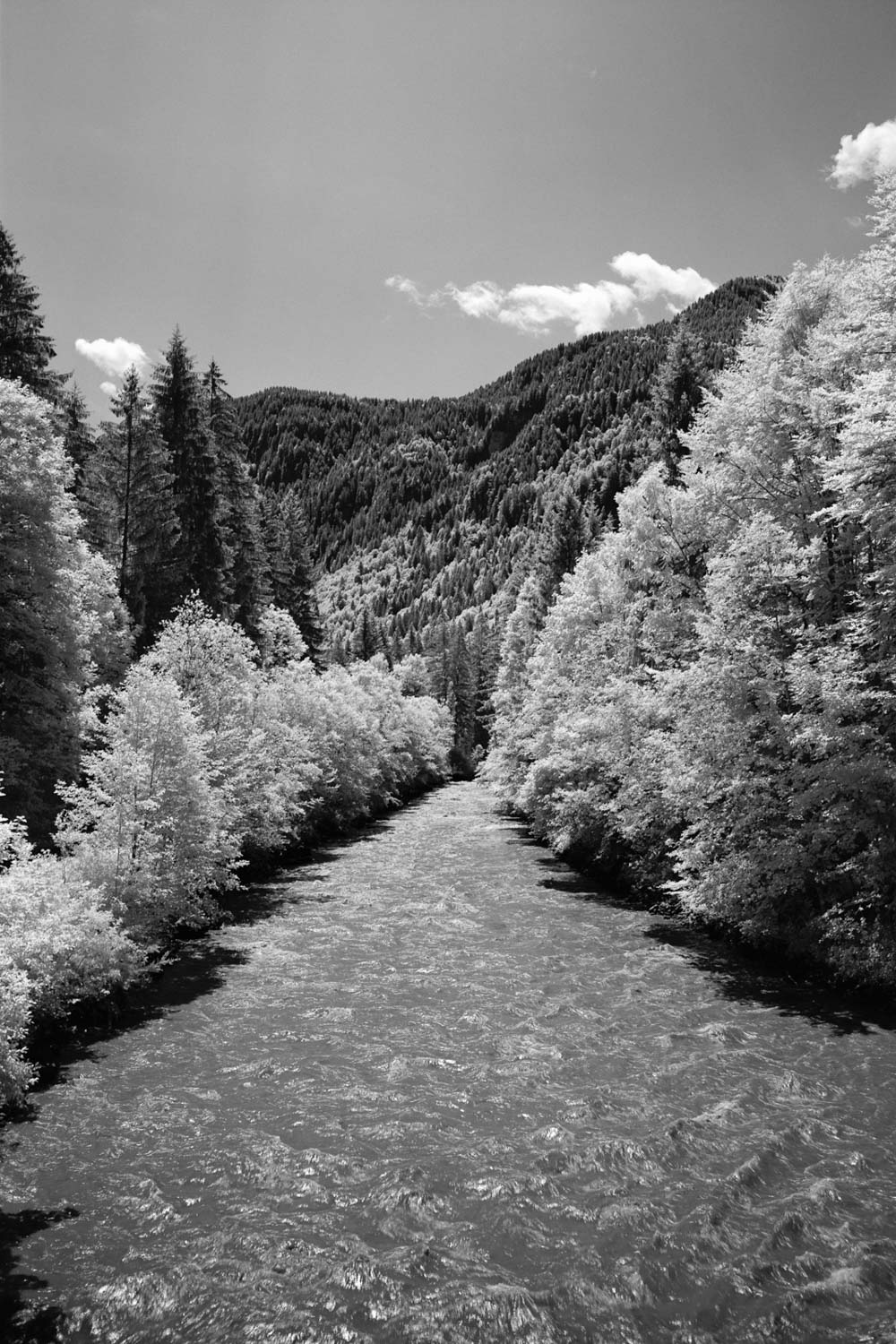 5 Frames With… Rollei Infrared 400 (120 / EI25 w/R72 filter / Fuji GSW690III) - by Captain Badbeard
