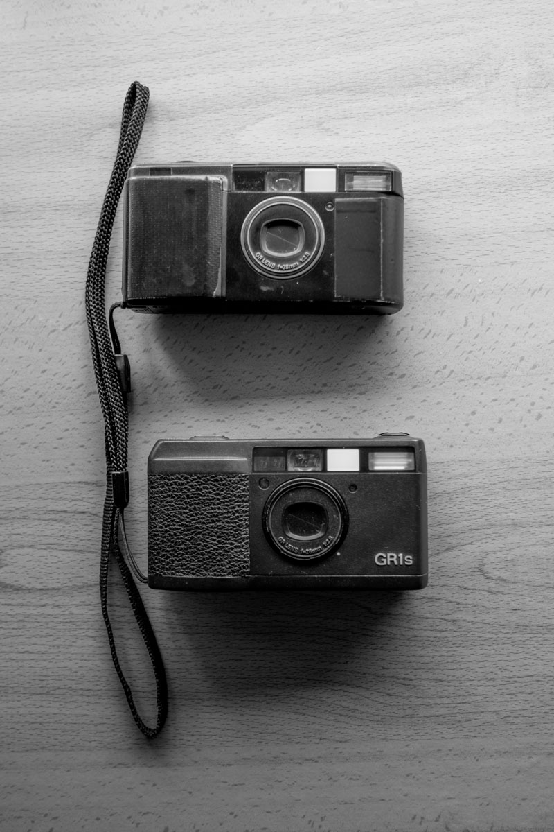 Ricoh GR10 (top), Ricoh GR1s (bottom)