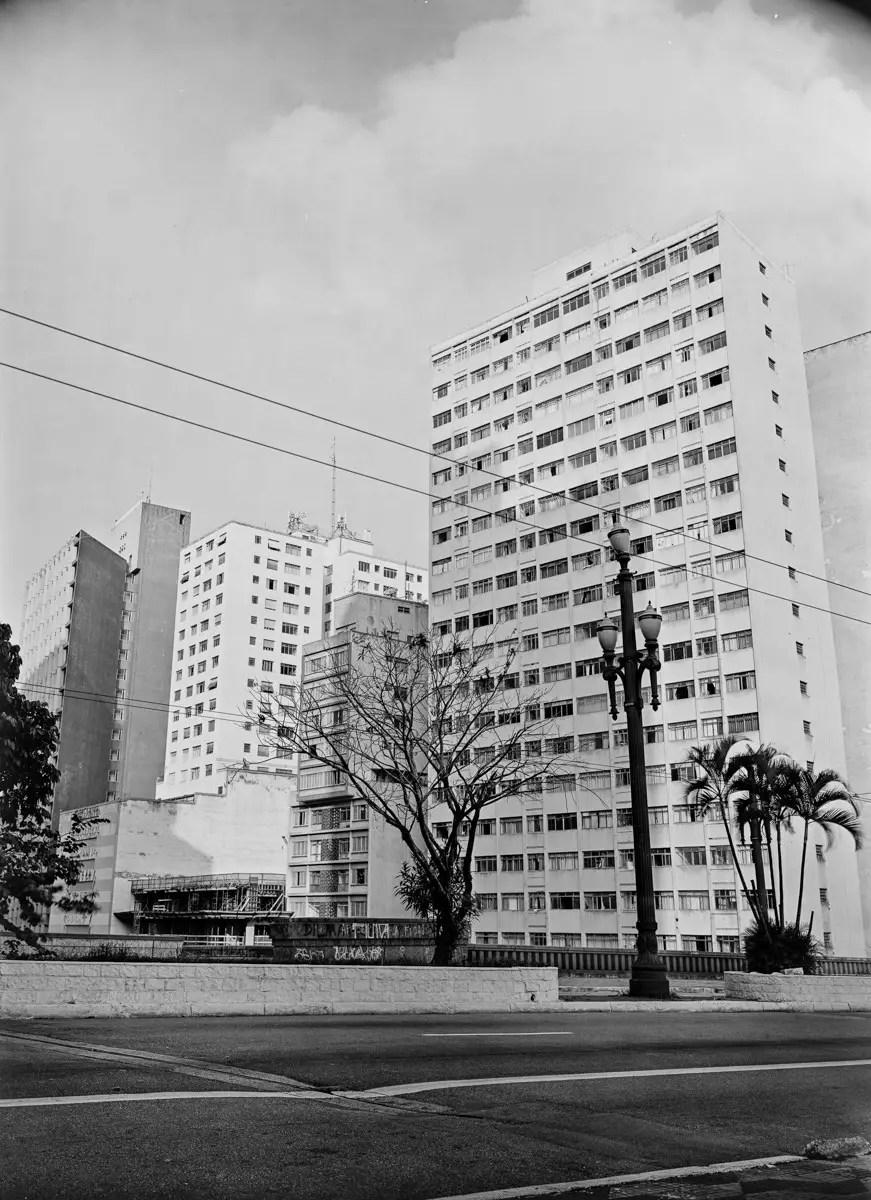 Avenida 9 de Julho #2, São Paulo, 30x40cm negative.