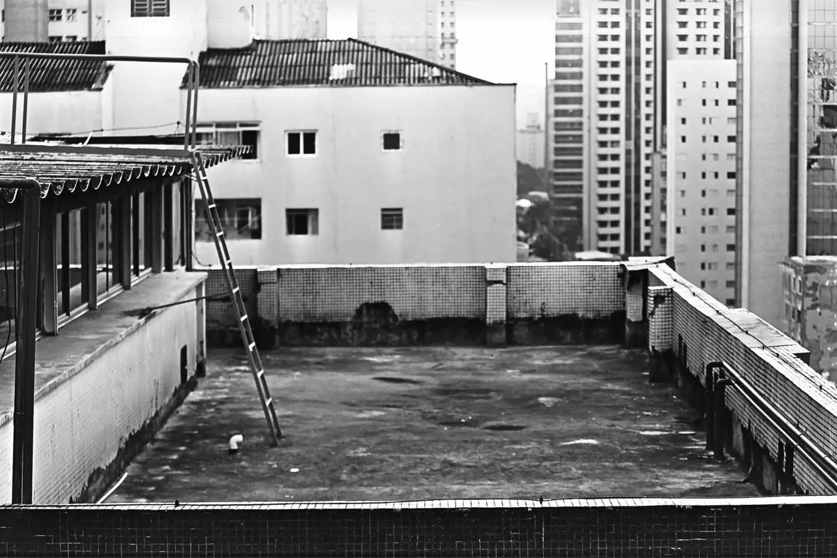 5 Frames With... Kodak KODALITH Ortho Film 6556 (EI 12 / 35mm / Nikon N90S) - by Guilherme Maranhao