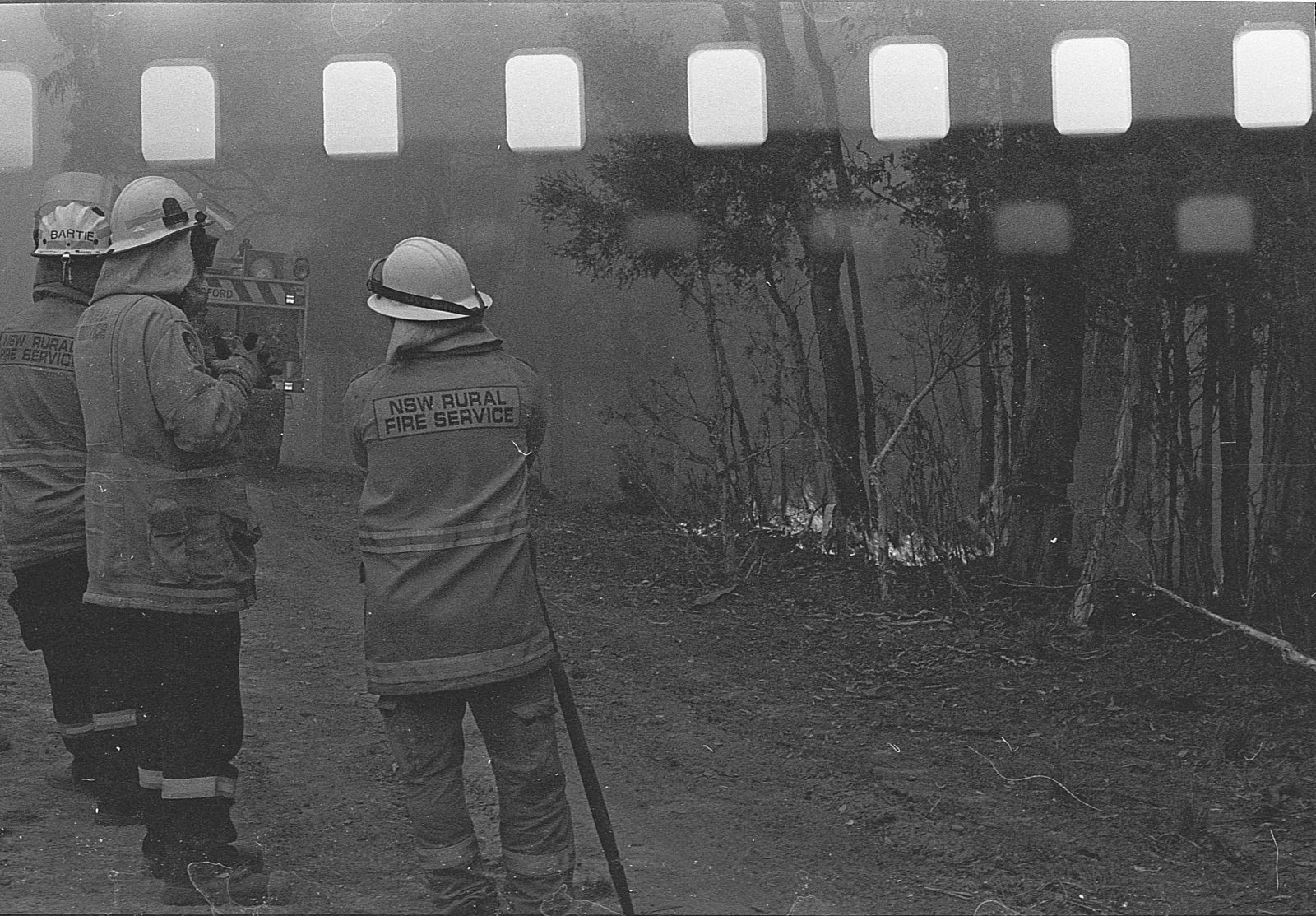 The Australian NSW bushfires on film -  On the Fireground