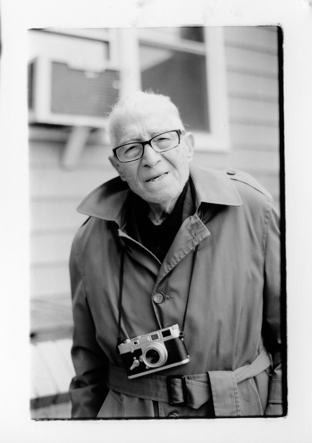 Coffee with Tony Vaccaro and his Leica M3 - Canon EOS-1v and Fujifilm NEOPAN 100 ACROS