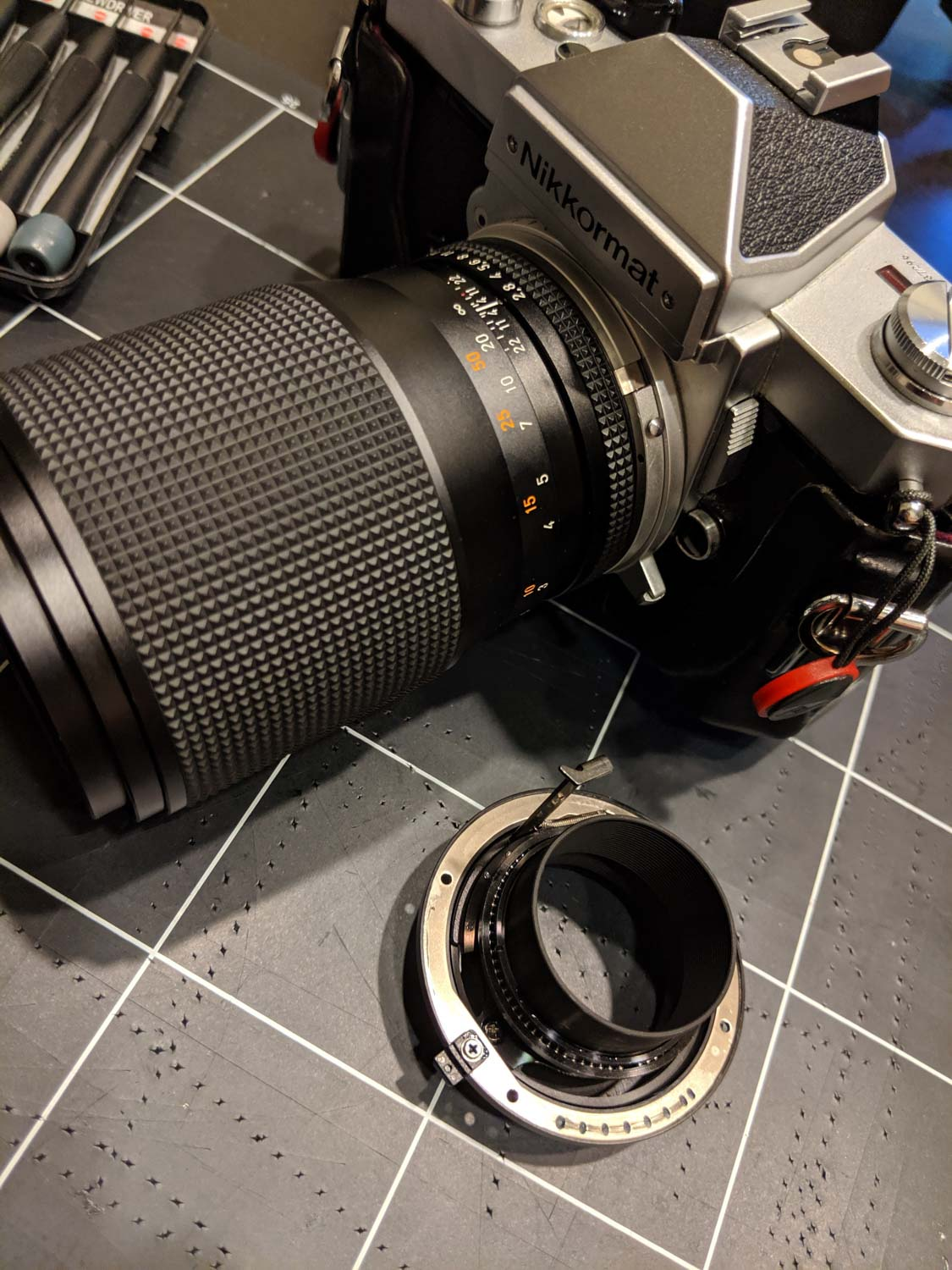 Converting a CY mount Carl Zeiss Sonnar 135mm f/2 lens to Nikon mount