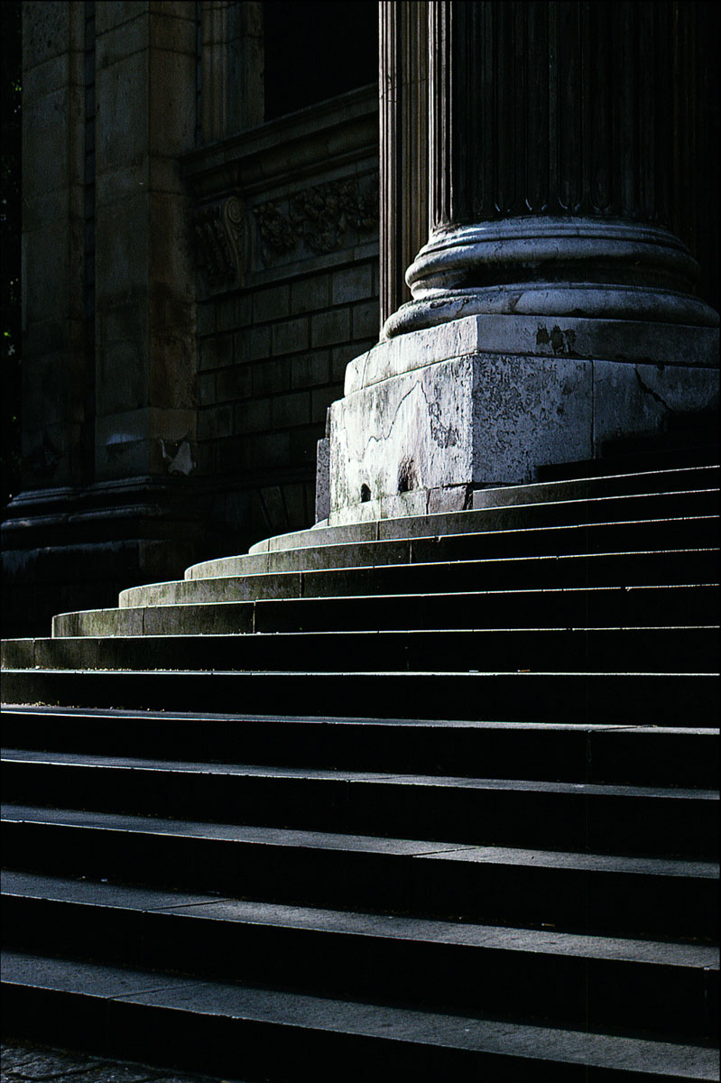 Steps at St Paul's Cathedral, London, UK, Minolta XE-1, Kodachrome