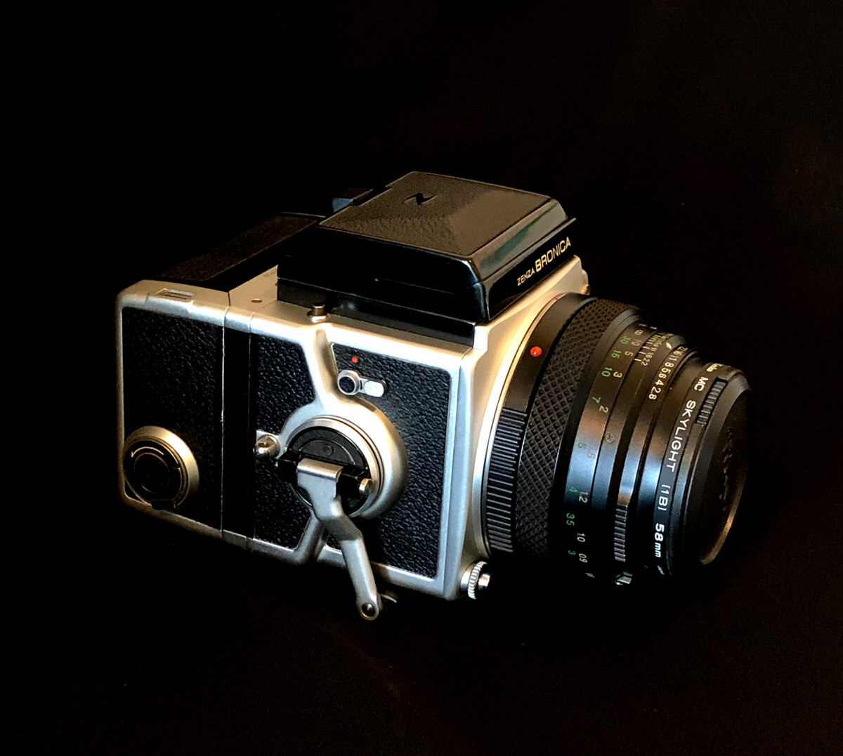 Bronica ETRS - Right