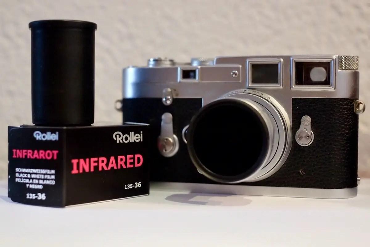 Leica M3 + Elmar 50mm f:2.8 + Heliopan RG715 (88A)
